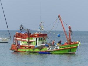 Bateau de pêche Rawai-Thailande